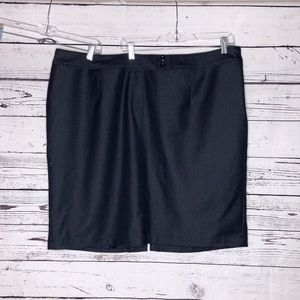 Lane Bryant 26 Dark Blue Wash Denim Pencil Skirt